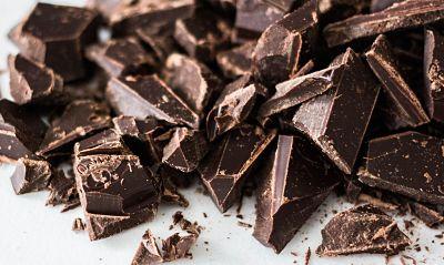 controlar el estrés con chocolate negro